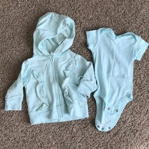 Carters hoodie and bodysuit size 3 months